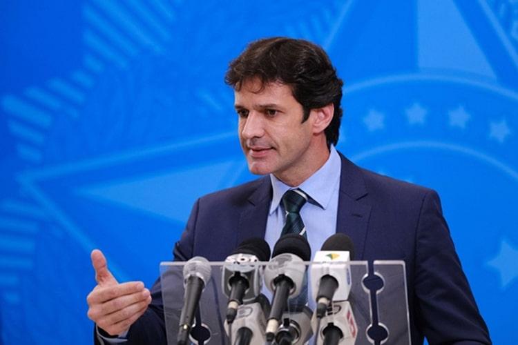 Marcelo Alvaro Antônio Aposta